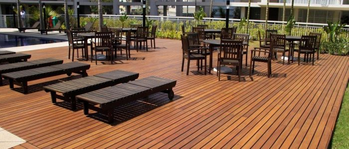 Piso de madeira para deck é com a Kapor Pisos